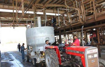 ضمن الخطة النصف سنوية لمعايرة عدادات تعبئة الوقود الخاصة بالشاحنات Truck Loading Meters وبحضور عضو وزارة الإقتصاد وعضو المراجعة الداخلية بشركة البريقة؛ قام الفنيون بورشة الآلات