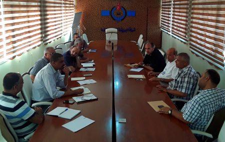 جرى صباح اليوم الاثنين 6 أغسطس >> بصالة الاجتماعات الرئيسية بالمباني الإدارية ببنغازي لقاء تباحثي ضم إدارة الشئون الفنية وإدارة التخطيط والمشروعات وإدارة تشغيل منطقة