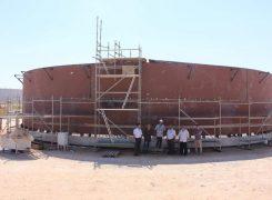 متابعة لمراحل تنفيذ مشاريع إستكمال إنشاء خزانات مستودع مصراته النفطي
