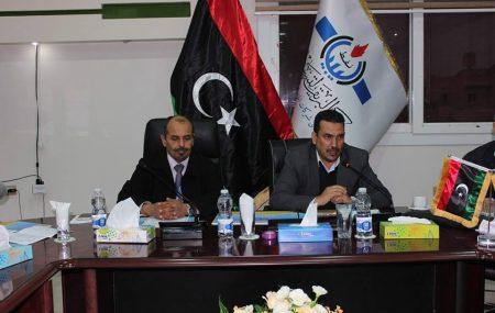 عُقد يوم أمس الإثنين الموافق للأخير من ديسمبر 2018 م بقاعة الإجتماعات الرئيسيّة بطريق المطار طرابلس بمقر شركة البريقة لتسويق النفط الإجتماع الشهري للجنة الدائمة لتحديد