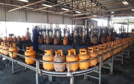 #الإدارة العامة لعمليات المناطق الغربية والجنوبية إدارة عمليات منطقة طرابلس مســـــــــتودع طرابلس #برنامج توزيع الغاز #ليوم الثلاثاء الموافق 30 مارس 2021م
