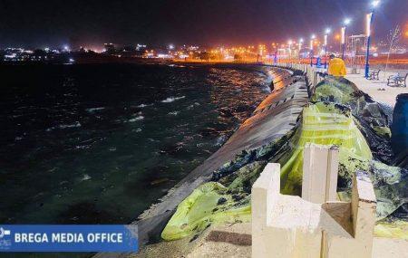 #لجنة_مكافحة_التلوث نهاية عمليات إزالة تلوث الخليج وكورنيش طبرق الأحد 9 مايو 2021 تمت بعون الله عمليات السيطرة بالكامل وتنظيف شاطئ طبرق جراء تسرب مادة المازوت