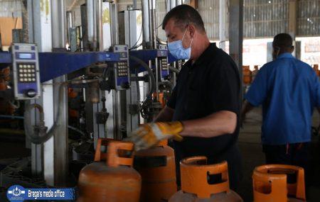 الإدارة العامة لعمليات المناطق الغربية والجنوبية إدارة عمليات منطقة طرابلس مســـــــــتودع طرابلس برنامج توزيع الغاز #ليوم الجمعة الموافق21 مايو 2021م
